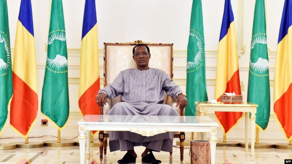 Le Tchadien Idriss Deby dans son palais présidentiel à N'Djamena, au Tchad, le 29 décembre 2016.
