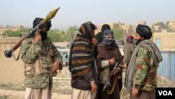 د طالبانو ویاند وايي چې د هغوی مشر روغ او ژوندی دی او ژر به يې غږیز پیغام خپور کړي.