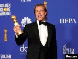 بردپیت جایزه گلدن گلوب بهترین نقش مکمل مرد را نیز دریافت کرده است