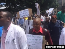 FILE: Zimbabwe Doctors Down Tools
