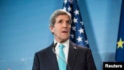 ທ່ານ John Kerry ລັດຖະມົນຕີການຕ່າງປະເທດ ສຫລ
