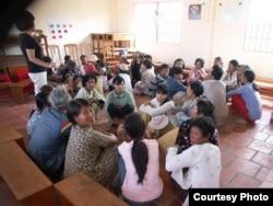 Catalyst Foundation mở các lớp học cho người lớn