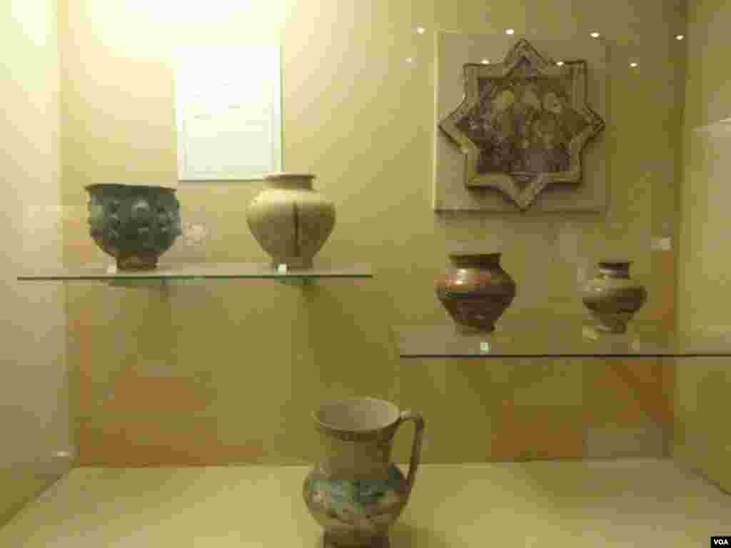 نیشنل میوزیم میں قدیم زمانے میں استعمال ہونے والے برتن رکھے گئے ہیں۔