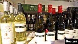 澳大利亞出產的葡萄酒在上海出售資料照。
