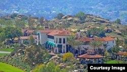 Dinh thự 33 triệu đôla của ông Hoàng Kiều ở tiểu bang California.