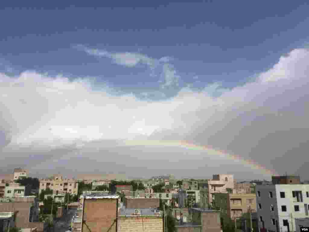 رنگین کمان در آسمان خرمدره – زنجان عکس: یاسین نوری(ارسالی شما)