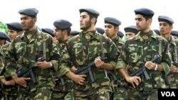 Wall Street melaporkan, pejabat militer AS cukup khawatir mengenai manuver Garda Revolusi Iran yang elit.