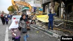 Athari za maandamano ya kupinga kupanda kwa bei za mafuta, Tehran, Iran, Novemba 20, 2019. Nazanin Tabatabaee/WANA (West Asia News Agency) via REUTERS