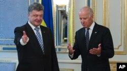 Петро Порошенко і Джозеф Байден у Києві - 2014р. (архівне фото)