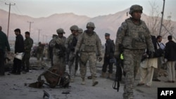 Афганець пив чай з солдатами НАТО, після чого застрелив їх