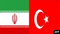 Büyükelçi Ümit Yardım Ahmedinejad'a Güven Mektubunu Sundu