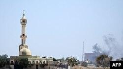 Триполи. Район главной резиденции Каддафи. 23 августа 2011г.