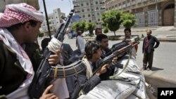 Представники племені, що виступає проти президента Ємену, на вулицях Сани