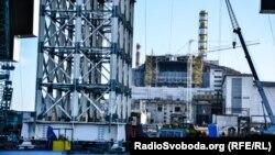 Будівництво конфайнменту для Чорнобильської АЕС (архівне фото)