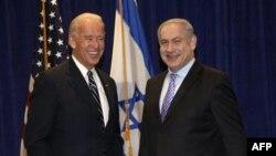 Премьер-министр Израиля Биньямин Нетаньяху (справа) и вице-президент США Джо Байден. Новый Орлеан. США. 7 ноября 2010 года