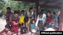 ရခိုင္စစ္ပြဲေၾကာင့္ ထြက္ေျပးလာသည့္ ဒုကၡသည္မ်ား (Rakhine Ethnics Congress)