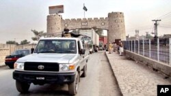 نجات یافتن یک وزیر پاکستانی از حملۀ طالبان