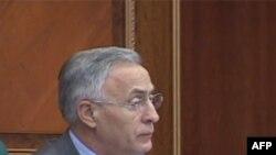 Kosovë: Vazhdojnë debatet rreth imunitetit të deputetëve