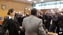 Ouverture du procès du génocidaire rwandais Onesphore Rwabukombe à Francfort le 8 janvier 2011