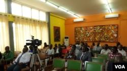 Jornalistas angolanos analisam 25 anos do seu sindicato - 2:21