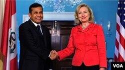 Clinton y Humala coincidieron en fortalecer las relaciones bilaterales y trabajar juntos.