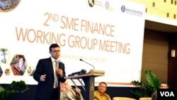 Pertemuan Kelompok Kerja Kecil Menengah (Small Medium Enterprises-SME) Aliansi Keuangan Inklusif di Yogyakarta (8-9 Mei 2014). (VOA/Munarsih Sahana)