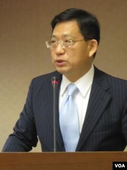 台湾执政党国民党立委 吴育升(美国之音张永泰拍摄)