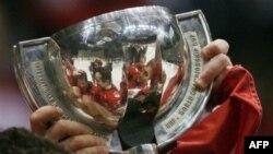 Молодежная сборная России по хоккею готовится защитить титул сильнейшей