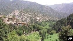 آرشیف: تصویری از ولایت کنر که در این اواخر تحت حملات راکتی از آنسوی مرز افغانستان با پاکستان قرار گرفته است.