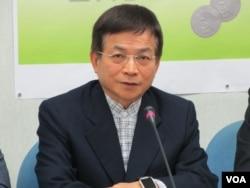 台湾在野党国民党立委赖士葆 (美国之音张永泰拍摄)