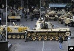 Egypte: 6ème journée consécutive de manifestations anti-Moubarak