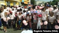 Marcha para a prevenção do cancro da mama em Cabo Verde