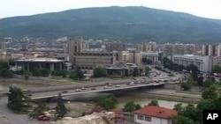 По маршот на опозицијата во Скопје