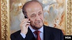 رفعت الاسد د خپل وراره بشار الاسد سیاسي مخالف دی