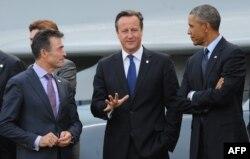 Britaniya Bosh vaziri Deyvid Kameron, AQSh rahbari Barak Obama va NATO Bosh kotibi Anders Fog Rasmussen, Nyuport, Uels, 5-sentabr, 2014