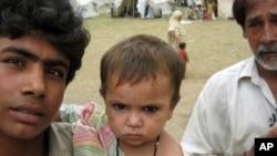 مطالبۀ میلیارد ها دالر توسط پاکستان به سیلاب زده ها