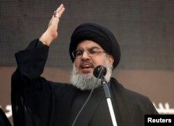 Lebanon's Hezbollah leader Sayyed Hassan Nasrallah addresses his supporters, Nov. 14, 2013.