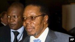 ປະທານາທິບໍດີ ແຫ່ງປະເທດມາລາວີ ທ່ານ Bingu wa Mutharika ທີ່ໄດ້ເຖິງແກ່ມໍລະນະກໍາໄປ ຍ້ອນໂຣກຫົວໃຈວາຍ ເມື່ອວັນພະຫັດ ທີ 5 ເມສາ 2012.