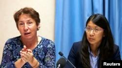 ທ່ານນາງ Francoise Saulnier (MSF) ທີີປຶກສາດ້ານກົດ ໝາຍ ແລະຍານາງ Joanne Liu ປະທານ ນາຍແພດບໍ່ມີພົມແດນ (ຂວາ).