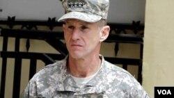 Komandan tertinggi Amerika di Afghanistan, Jenderal Stanley McChrystal