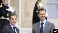 法国总统萨科齐会晤阿萨德