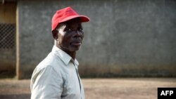 Rolland Mayombo, un ancien employé de la Compagnie des mines d'uranium de Franceville à Mounana, Gabon, le 11 juillet 2017.
