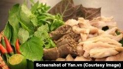 Việt Nam là thị trướng tiêu thụ nội tạng lớn thứ 4 trên thế giới và Mỹ đang tìm cách xuất khẩu nội tạng trắng, trong đó có lòng heo, vào Việt Nam (Ảnh chụp màn hình Yan.vn)
