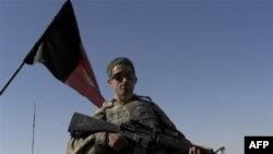 Солдат национальной армии Афганистана.