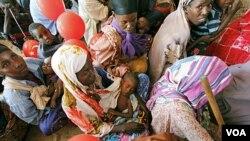 Banyak pengungsi Somalia yang putus asa, sehingga memilih mengungsi ke negara seperti Yaman yang juga menghadapi banyak masalah.