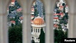 مقر بیت العدل، محل تصمیمگیری بهائیان در شهر هیفا در اسرائیل