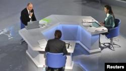 Телевизионная «прямая линия» с Владимиром Путиным, Москва 16 апреля 2015
