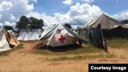 Zihlala ematendeni izakhamizi zako Sipepa ezadilikelwa yizindlu ngenxa yempopoma zamanzi.