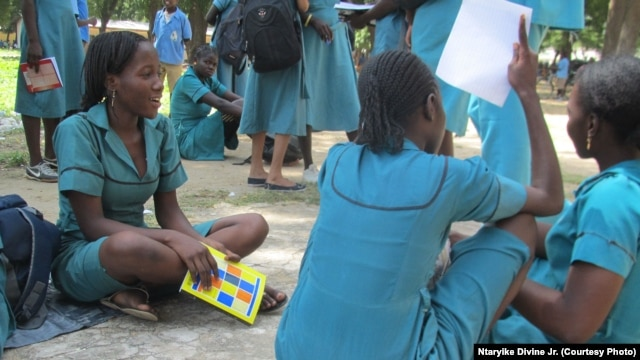 Fewer than 18 percent of girls in Cameroon's Far North Region attend schools such as Maroua Government Bi-Lingual High School. (VOA/Ntaryike Divine Jr)