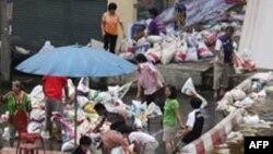 Thủ tướng Thái Lan cảnh báo dân chúng Bangkok đề phòng lụt